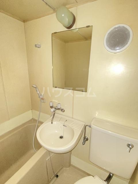 JLBグランエクリュ駒沢大学 105号室のトイレ