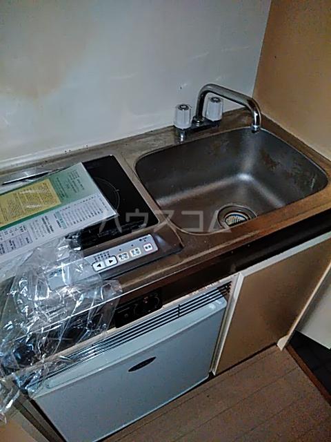 永山フラワーマンション 103号室のキッチン
