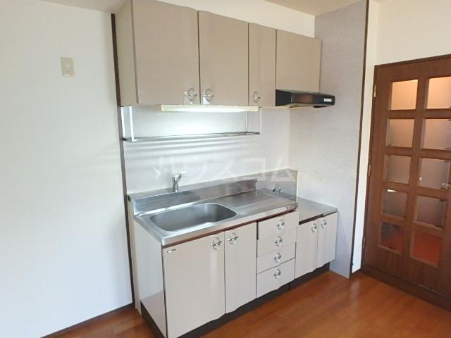 エミネント 102号室のキッチン