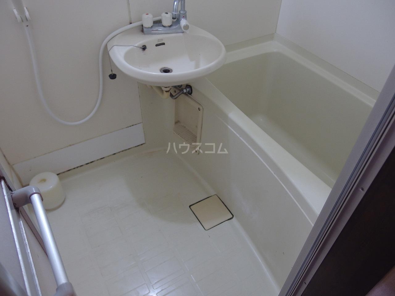 グレース桜ヶ丘 101号室の風呂