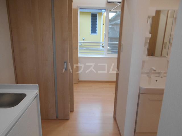 コーポICHIDAI 202号室の居室