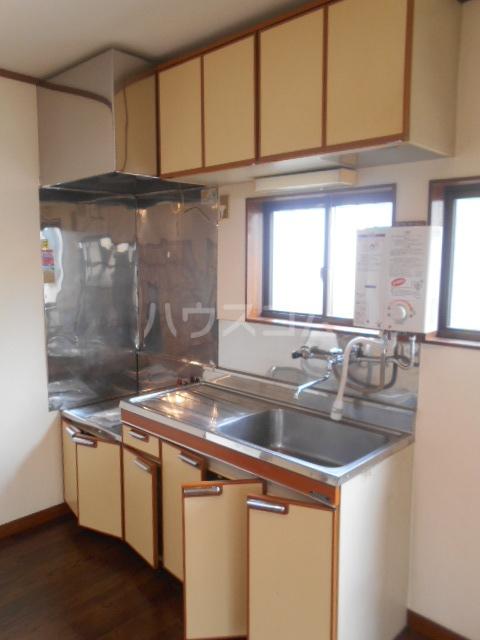 大塚アパート 5号室のキッチン