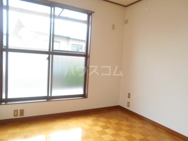大塚アパート 5号室のリビング