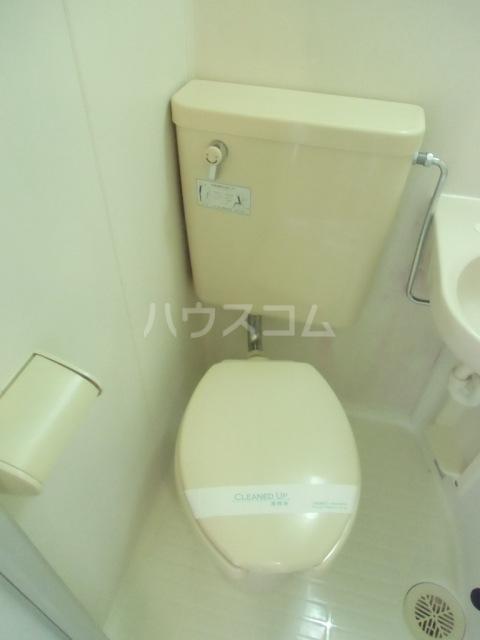 コーポ杉栄Ⅲ 4A号室のトイレ