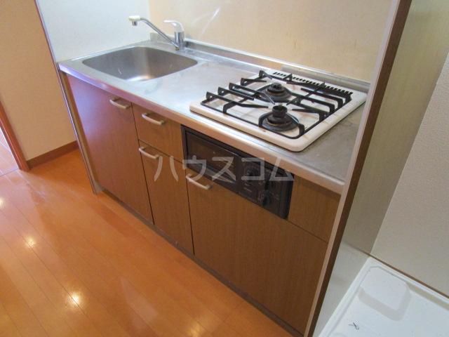 エイセンレジデンス 303号室のキッチン