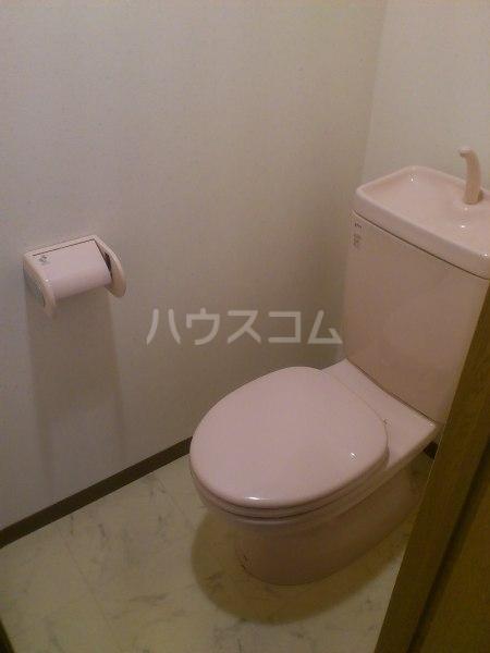 コーポ東海 203号室のトイレ