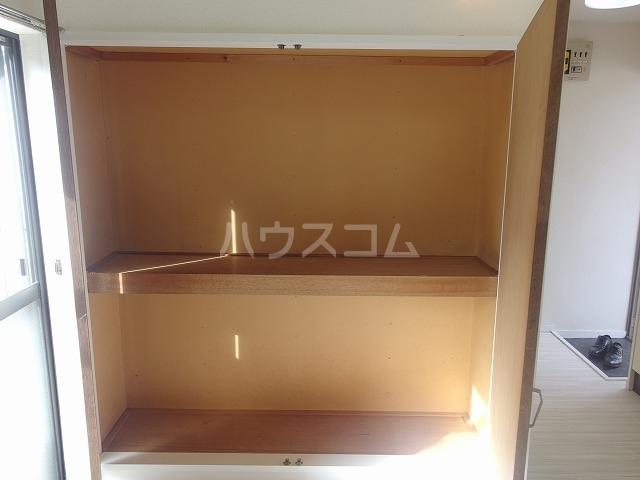 シャルマンハウス石田2号館 205号室の収納