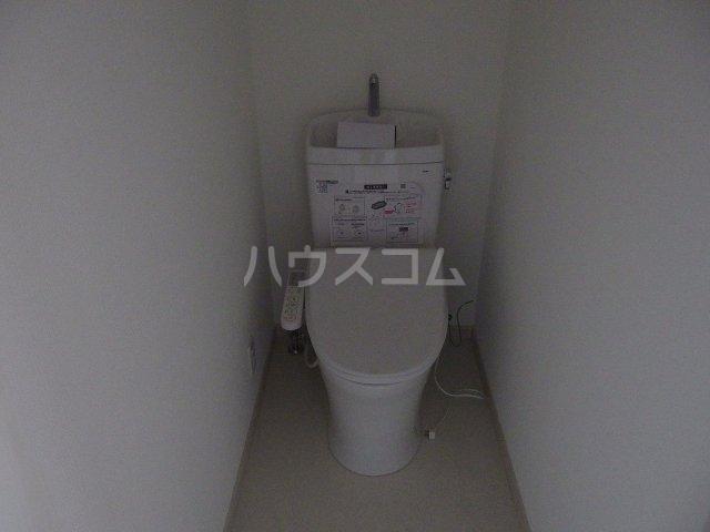 Ambition聖蹟桜ヶ丘Ⅱ 205号室の洗面所