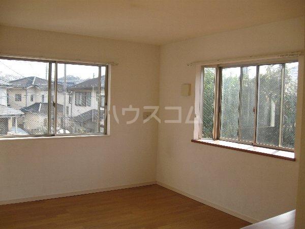 アルスアサカワ 202号室の居室