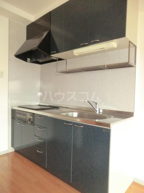 ディアコート 301号室のキッチン