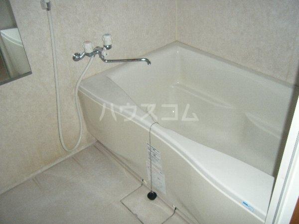 ディアコート 301号室の風呂