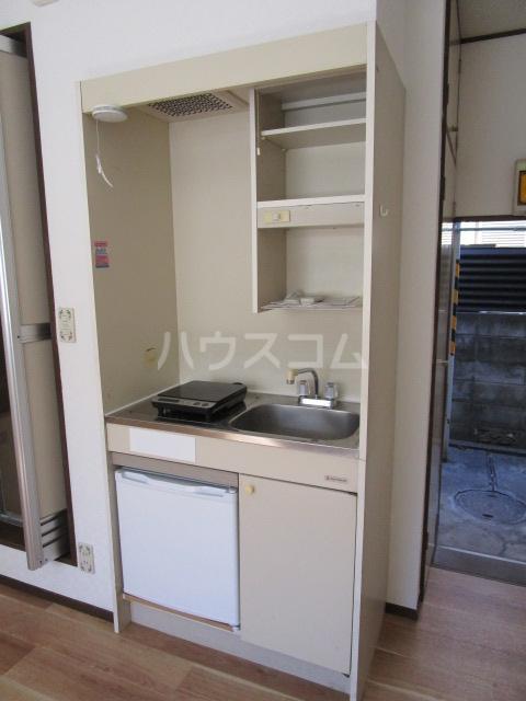 アドアビレッヂ 105号室のキッチン