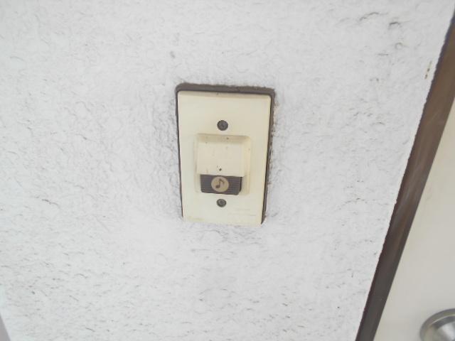 フラワーマンション 102号室のセキュリティ