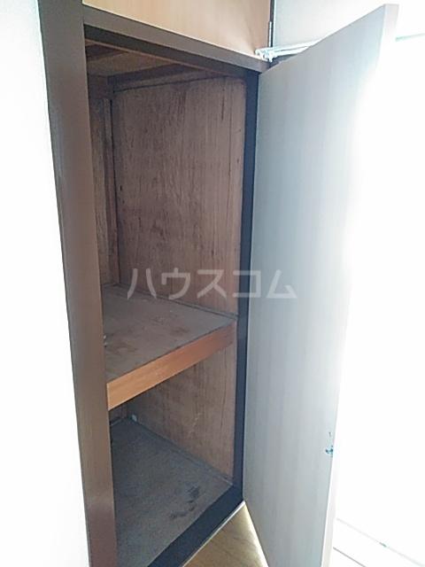 田辺マンション鶴間 305号室の収納
