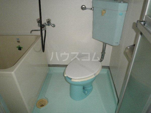 安藤荘 202号室のトイレ