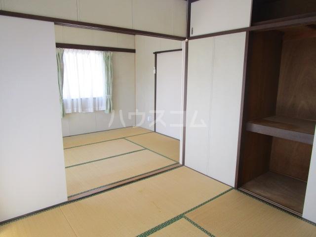 大浦コーポ 301号室の居室