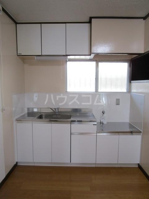 大浦コーポ 301号室のキッチン