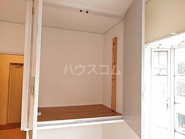 ドルフィン 201号室の収納
