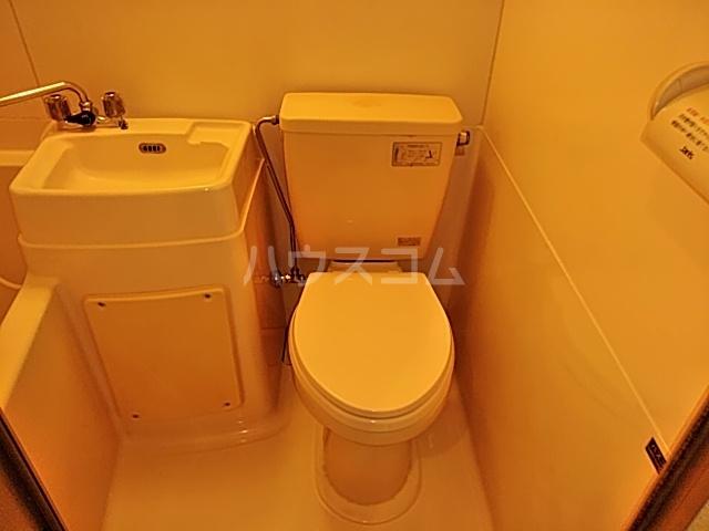 ドルフィン 201号室のトイレ