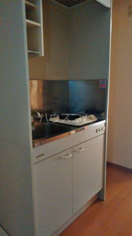 フォルジュロン 108号室のキッチン