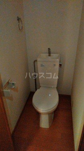フォルジュロン 108号室のトイレ
