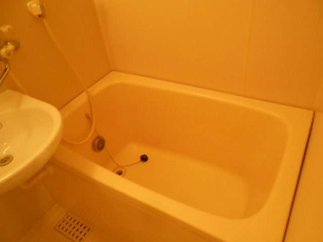 イーグルハイツ百草園 2-D号室の風呂