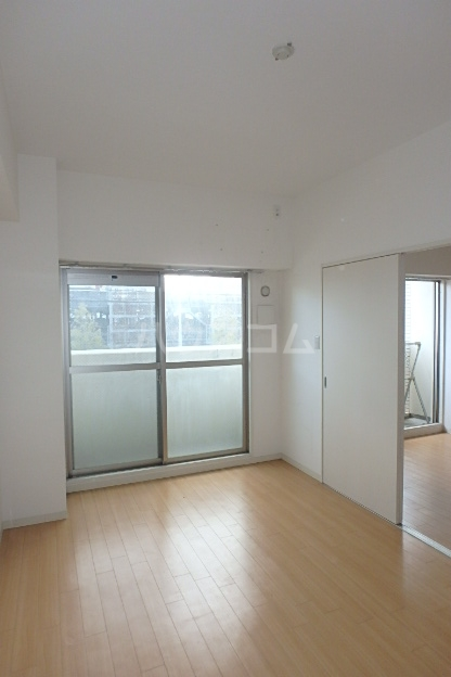 クレアール 201号室の居室