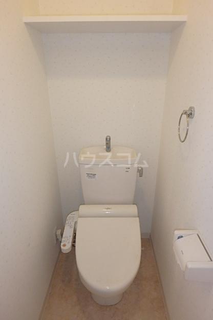 クレアール 201号室のトイレ