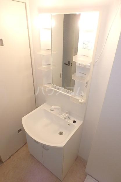 クレアール 201号室の洗面所