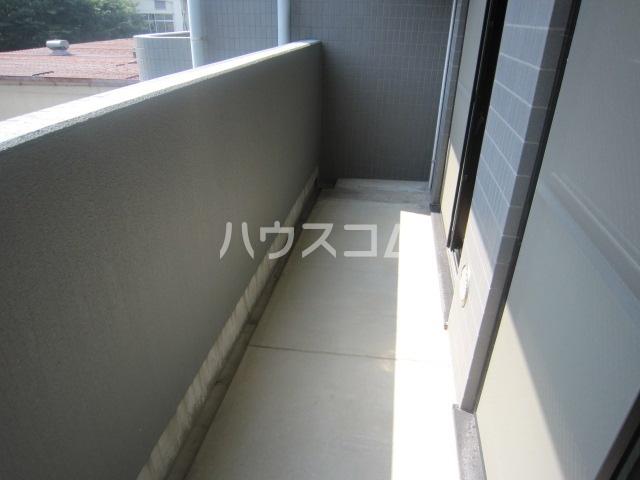グレースコート富浜 306号室のバルコニー