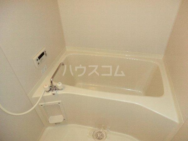 サンシャイン大留 301号室の風呂