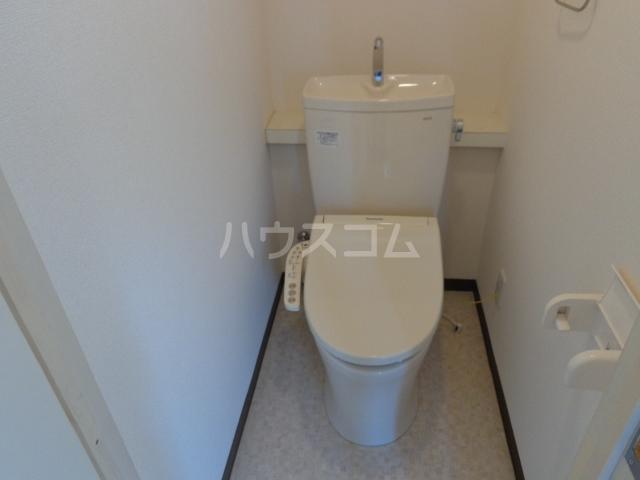 コーポアンビシャス 207号室のトイレ