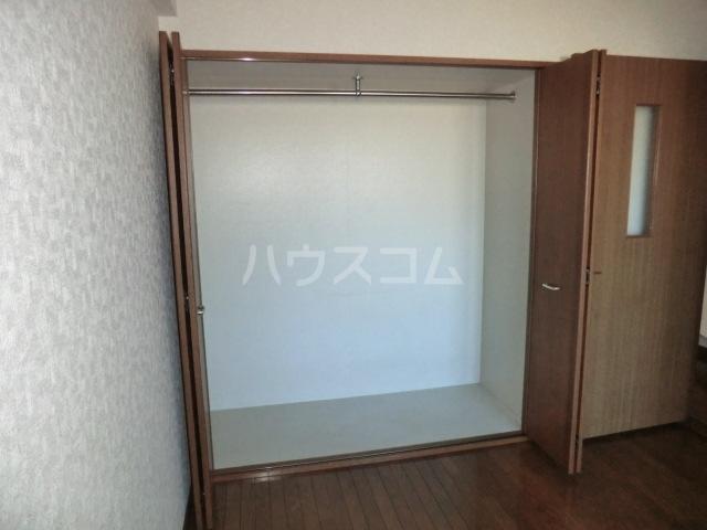 スカイコートあけぼの 103号室の収納