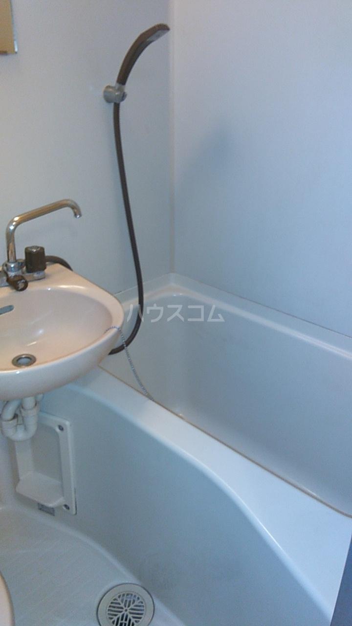 ベルトピア熊谷10 105号室の風呂