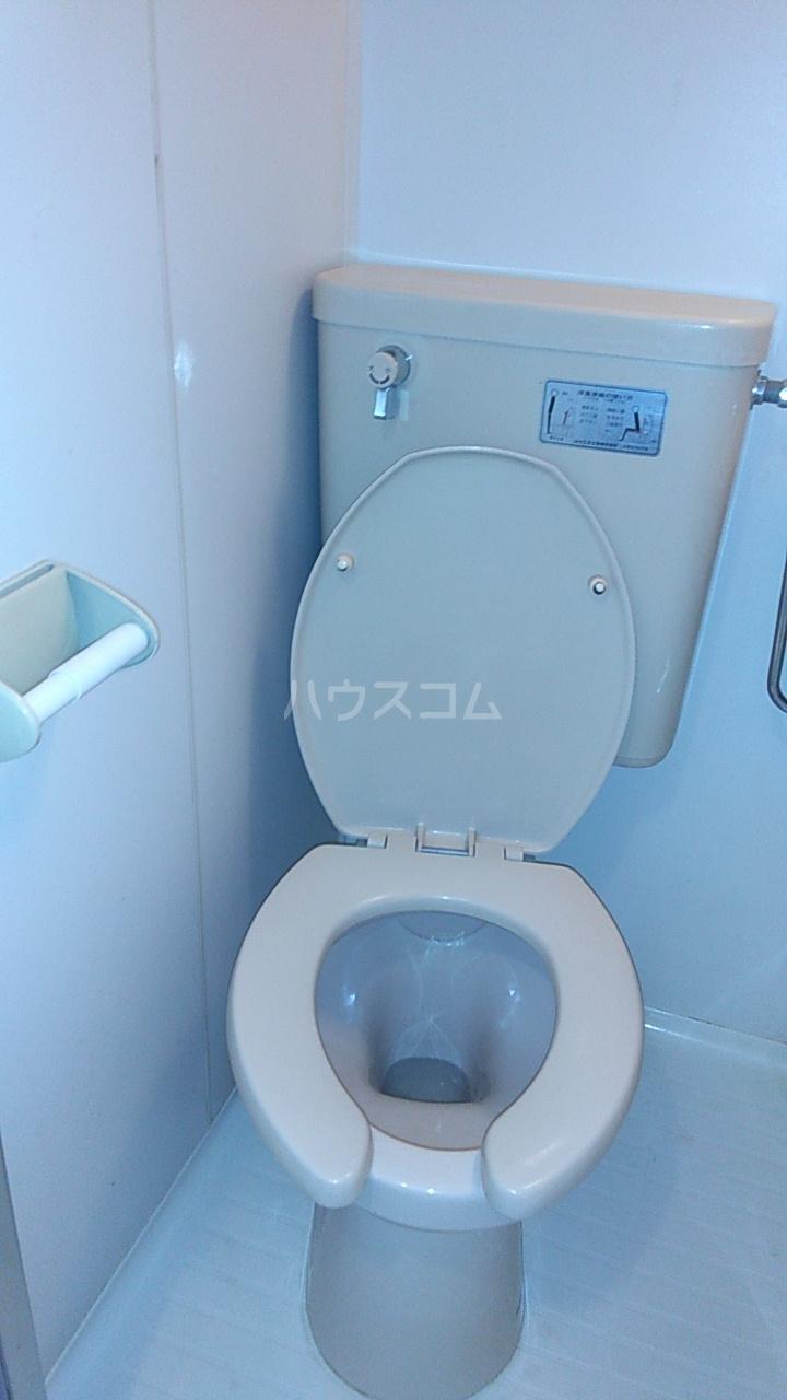 ベルトピア熊谷10 105号室のトイレ