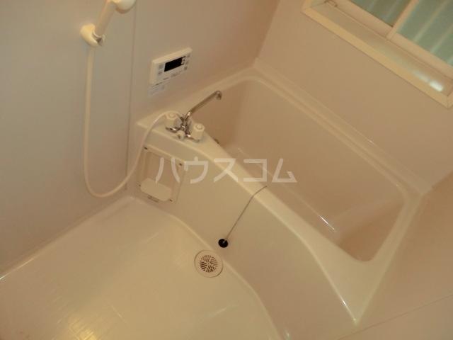 カーディナルB 105号室の風呂