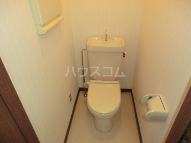 カーディナルB 105号室のトイレ