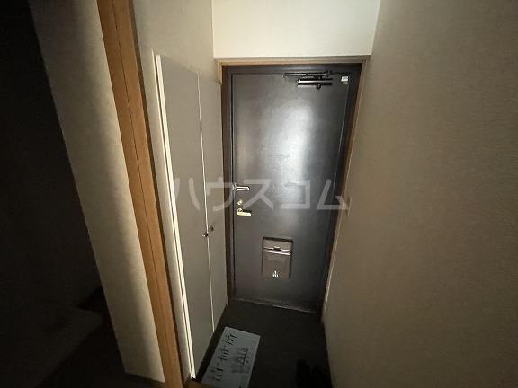 エーデルハイム2 103号室の玄関