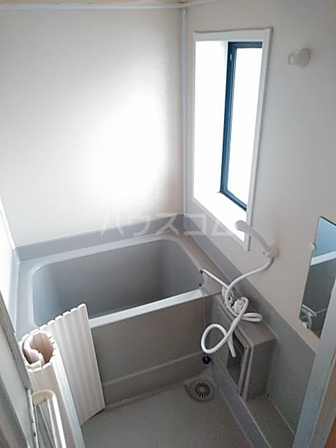 メゾンクレールⅡの風呂