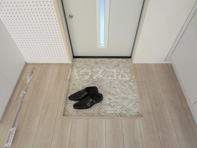 グランエッグス洗足池 11号室の玄関