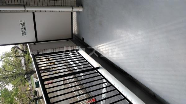 サクラパークホームズ 202号室のバルコニー