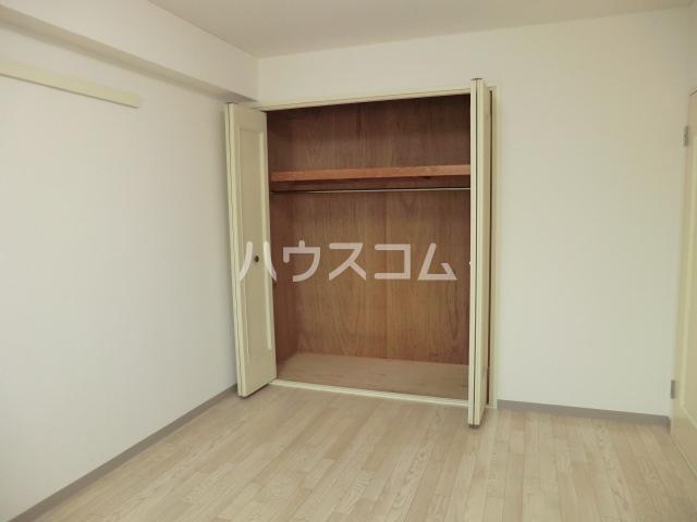 サクラパークホームズ 202号室の収納