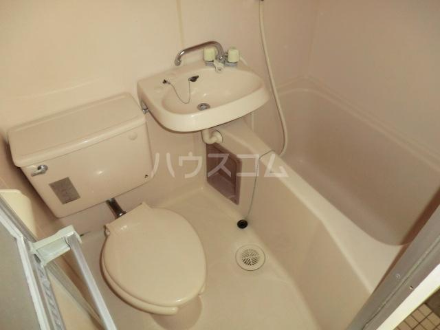 メゾン静 405号室の風呂