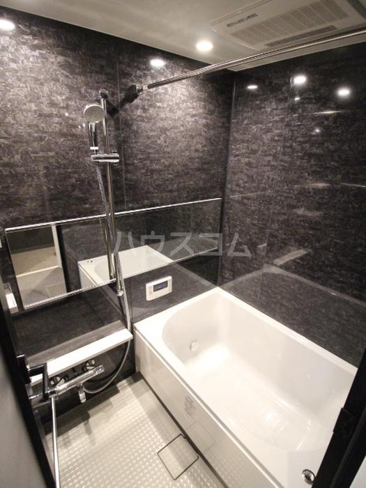 グエル・サカエ赤堤 105号室の風呂