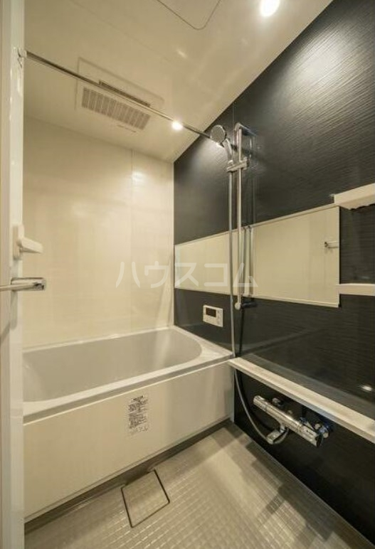 グエル・サカエ赤堤 202号室の風呂
