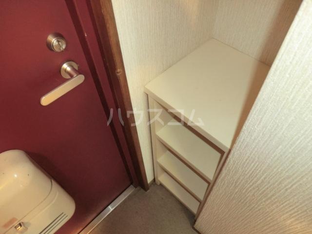 三沢ハイツ 307号室の玄関