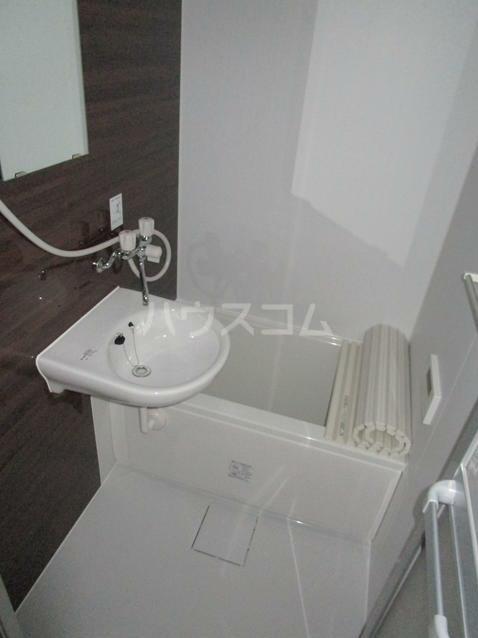 ヴィラコンフォート上大岡 104号室の風呂