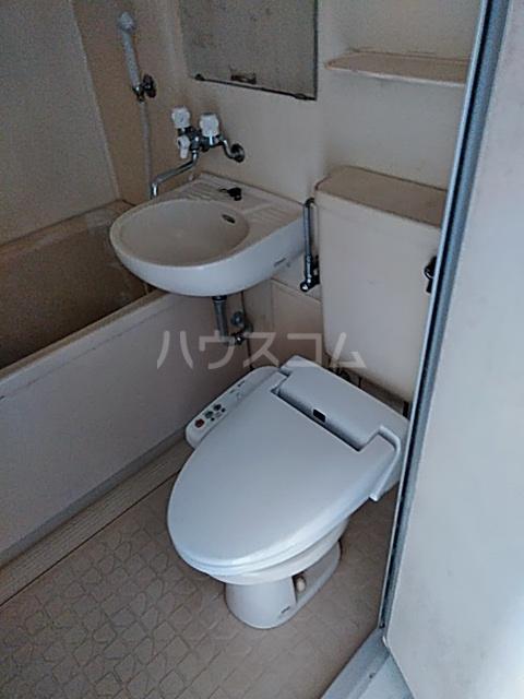 ウイングコート洗足 303号室のトイレ