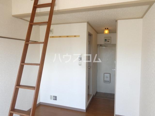 ライフピアⅡ 203号室の玄関