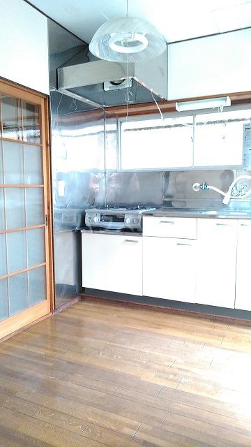 長谷川ハイツ 202号室のキッチン